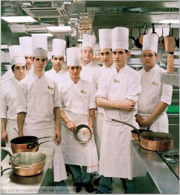 80 kucharzy i pomocnikow