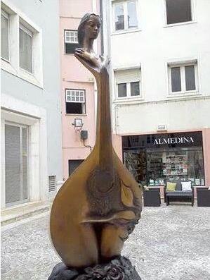 prawdziwa rzeźba fado